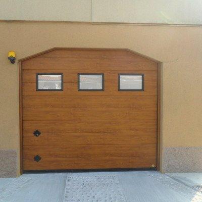 Sezionale garage, realizzazione 2013