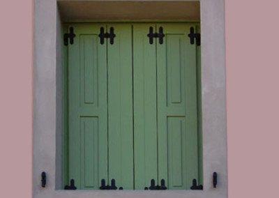 Scuro specchiettato laccato verde apertura a libro