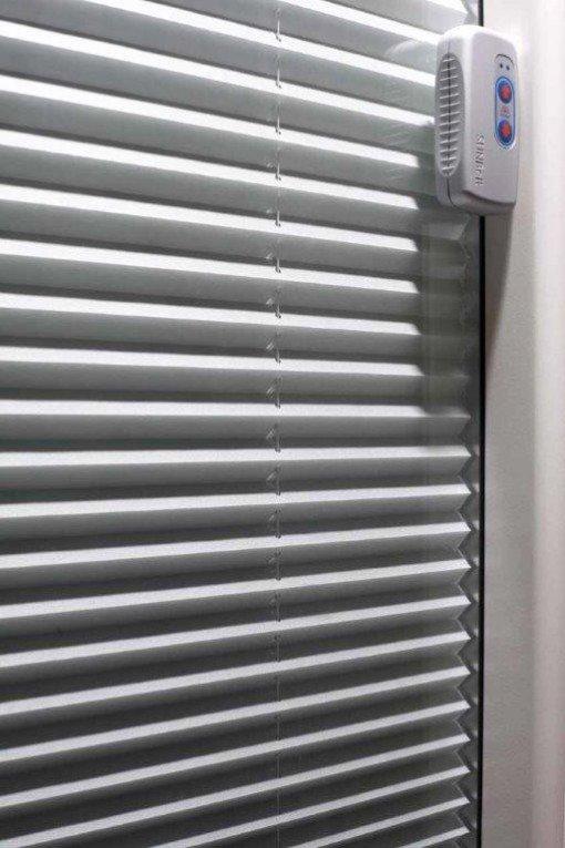 Oscurante all interno del vetrocamera lesizza serramenti for Sunbell veneziane interno vetro