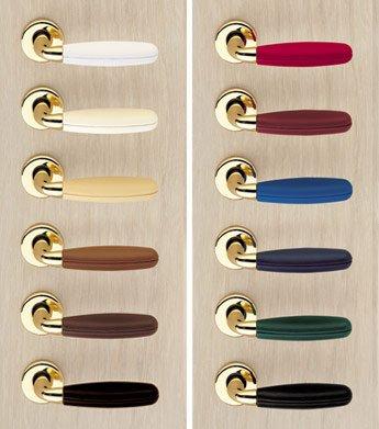 Maniglie per porte blindate o interne il dettaglio che fa for Maniglie porte oro